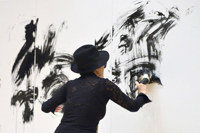 Guggenheim de Bilbao y Yoko Ono