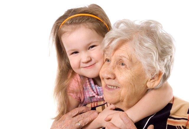 El amor de la abuela es follado