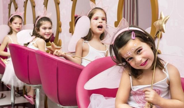 El Hotel Barceló Punta Umbría convierte a las niñas en princesas