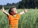 Primeros auxilios para niños en el campo: espinas, astillas o cristales