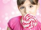 Los niños que comen dulces todos los días necesitan tratamientos dentales