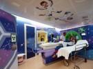 Un viaje espacial para los niños en el Hospital Sant Joan de Deu