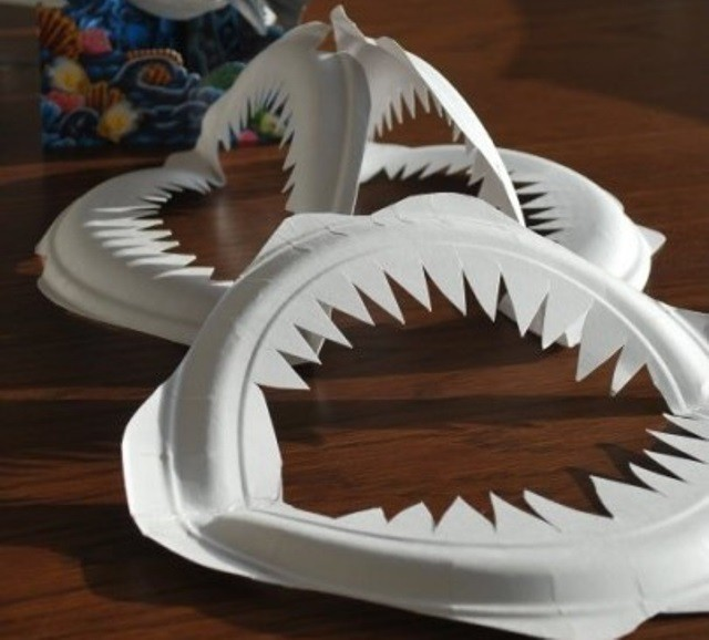manualidad dientes tiburon