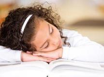 Los niños deberían entrar al colegio a las diez de la mañana