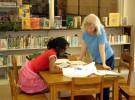 Ayudar a los hijos con los deberes no se traduce en mejores calificaciones