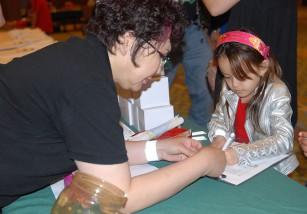 Padres de niños diabéticos reclaman profesionales sanitarios en las escuelas