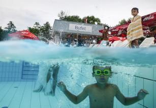 Prevención de ahogamientos infantiles en piscinas: evita las distracciones