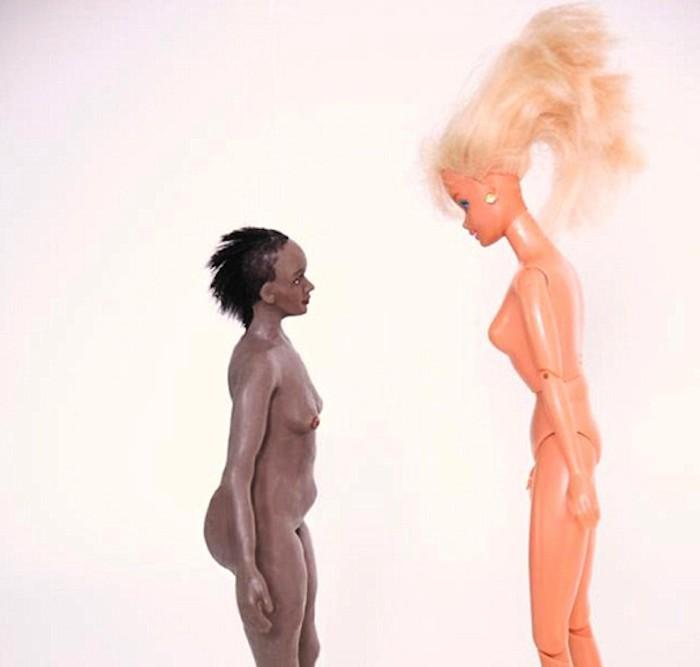 Muñecas diferentes