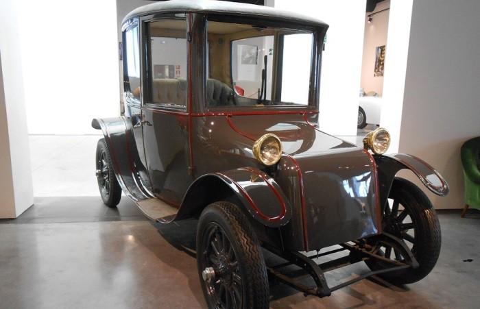 talleres museo automovilistico