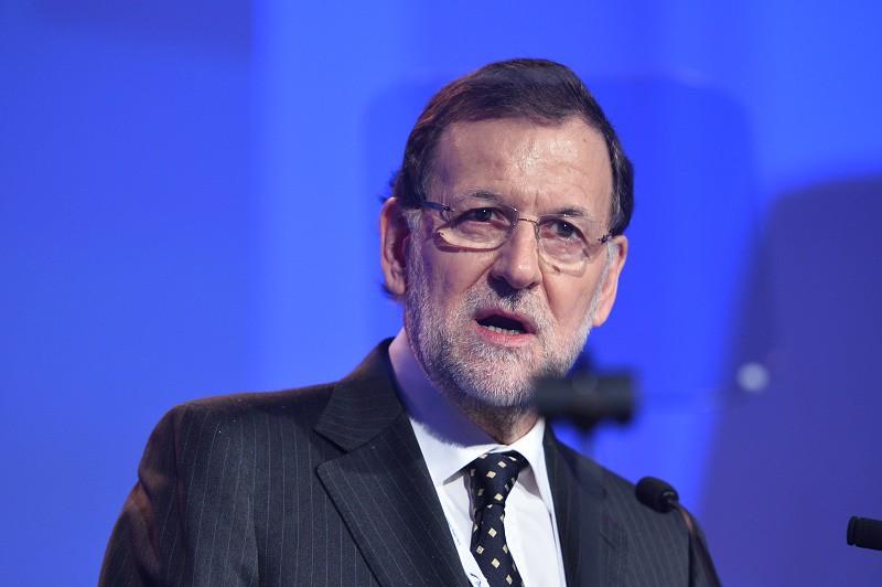 Y Mariano Rajoy le dio dos collejas a su hijo