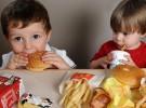 Los anuncios de comida basura causan daño directo a los niños
