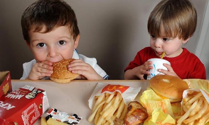 anuncios comida basura y niños