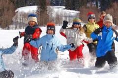 La ropa ideal para que los niños visiten la nieve