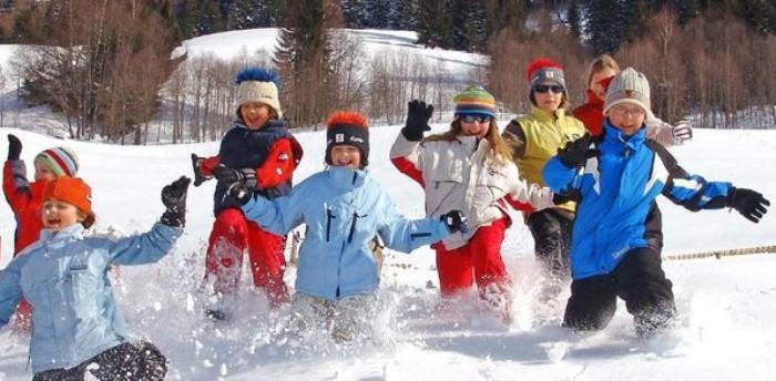 ropa niños en nieve