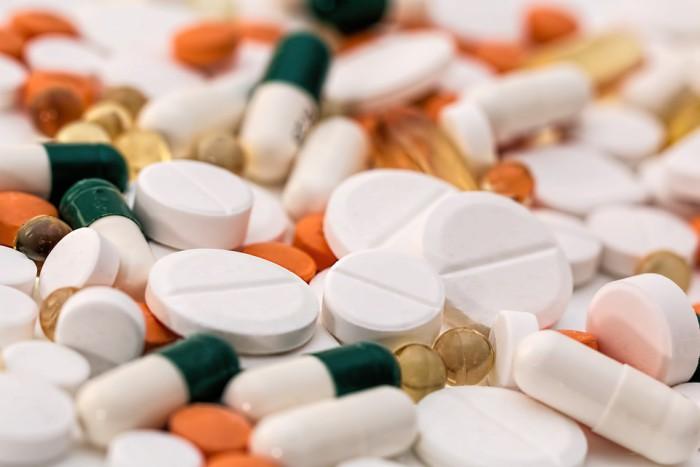 Una enfermedad que se relaciona a la toma de aspirinas