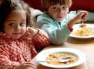 Los niños comen más si juegan antes de comer