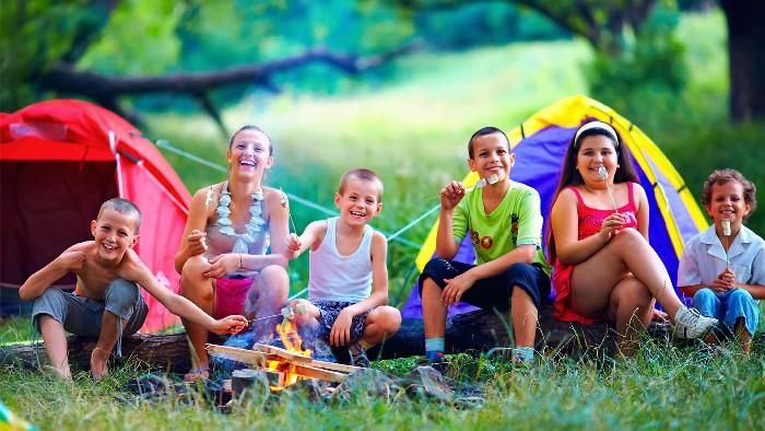 Niños en campamento