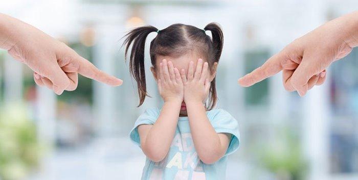 padres toxicos comportamiento