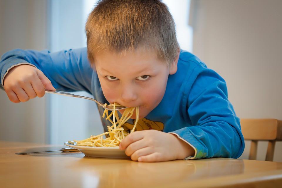 El ardor de estómago en niños