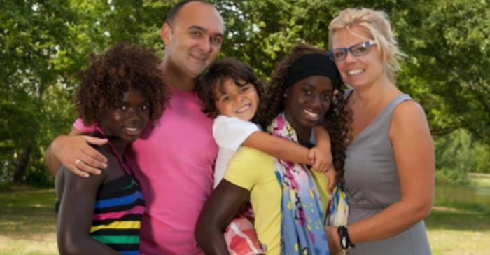 familia de adopción