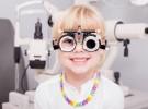 Niños que necesitan gafas y no lo saben