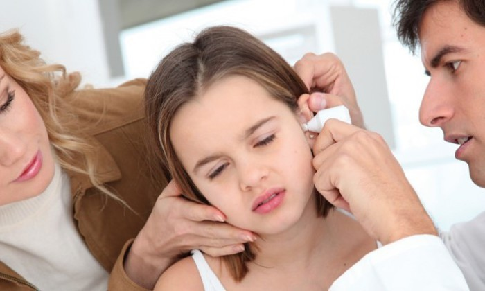 revisar oido infantil