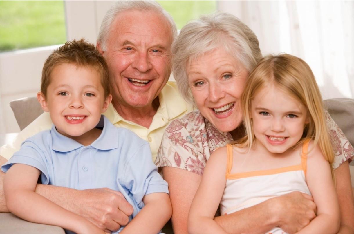 Los abuelos son perjudiciales para la salud infantil, según un estudio