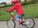 Un videojuego enseña a los niños a montar en bici