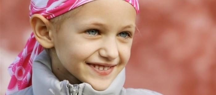 Niña con cáncer