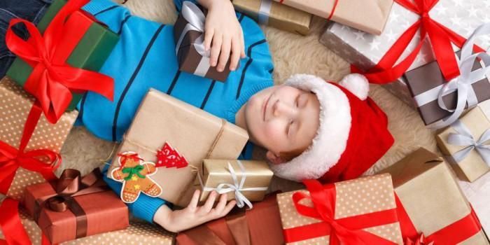 excesos de regalos de Navidad