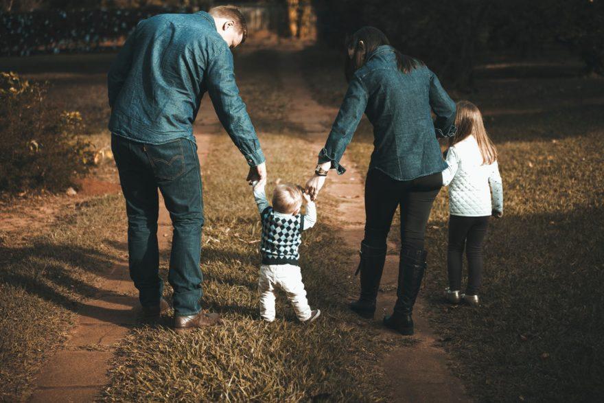 Efectos De La Sobreproteccion Infantil
