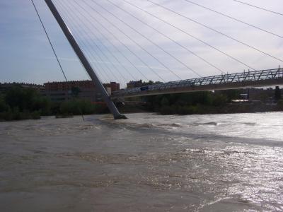 Peligro de desbordamiento del Ebro otra vez