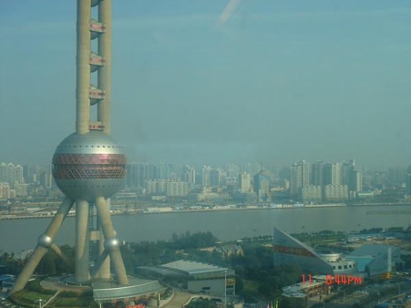 La ciudad de Shangái prohibirá la circulación de los coches contaminantes