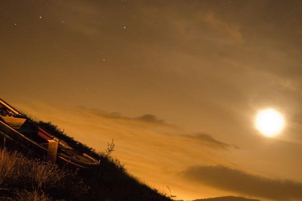Starlight lucha contra la contaminación lumínica y reivindica el derecho a ver las estrellas