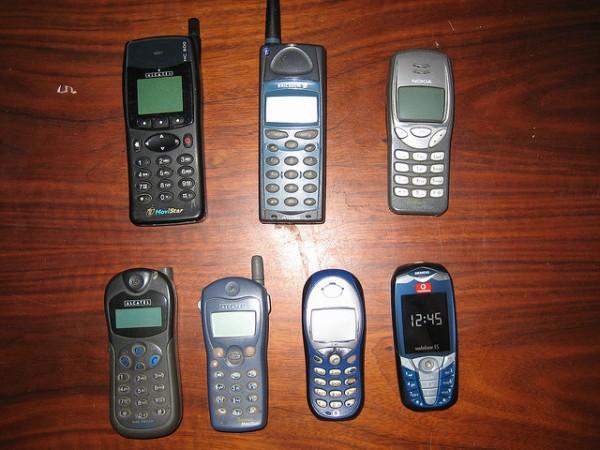 El Instituto Goodall alerta sobre el escaso índice de reciclaje de móviles viejos