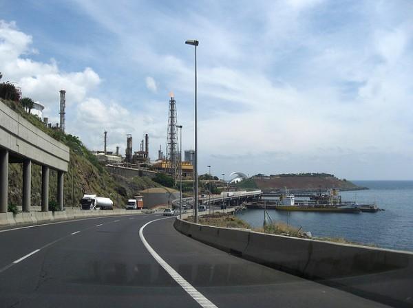 El proyecto de refinería de Extremadura será declarado inviable en la DIA