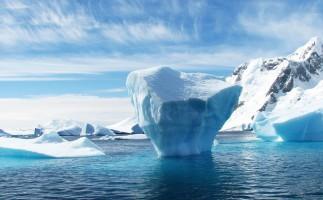 Se agranda la grieta de hielo en la Antártida