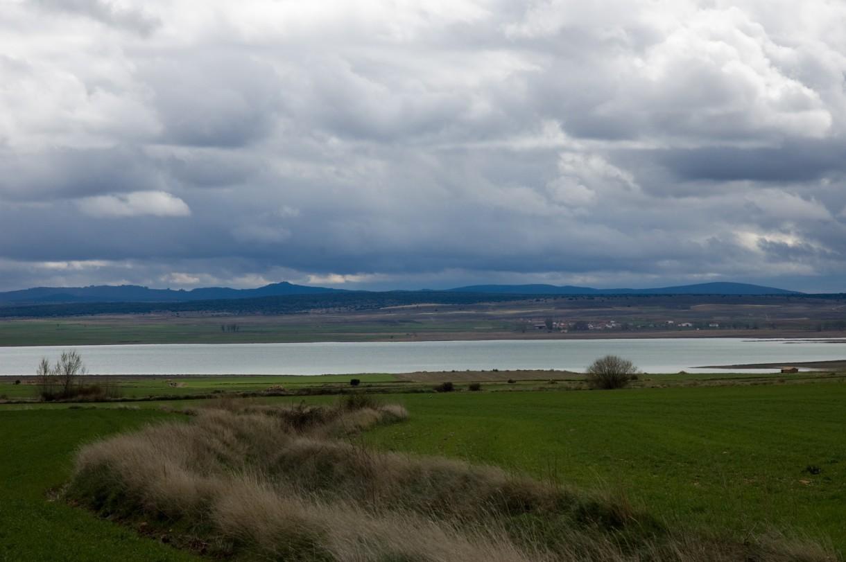 La laguna de Gallocanta, un enclave único para admirar a las grullas