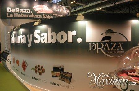 deraza stand