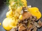 Milhojas de setas de cardo con bechamel de zanahoria ligeramente gratinada.Reportaje del Rte. Wrisko, en Majadahonda, con el chef victor reina a la cabeza.