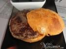 La hamburguesa en su mesa – Hamburguesa Nostra (Las Rozas-M)