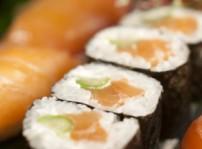 Combinado de nigiri de salmon y philadelphia maki