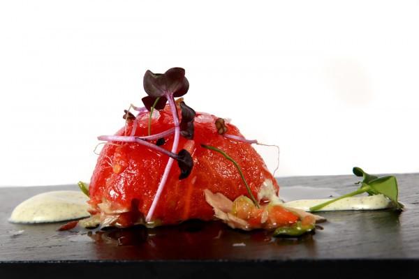 Tomate asado relleno de atún, La Barra de Sandó by Arzak Instructions