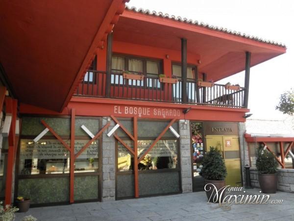 entrada restaurante bosque sagrado