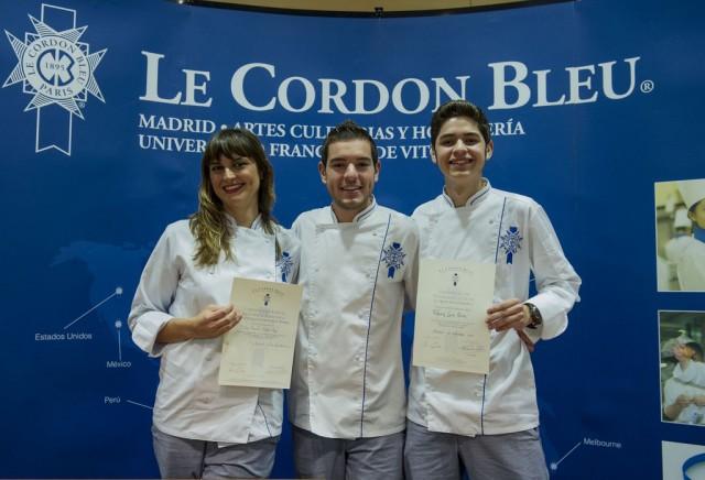 _Eva Millán y Fabián León, finalistas de MasterChef, junto a Cristóbal Muñoz, ganador del Premio Promesas de la alta cocina [1024x768]