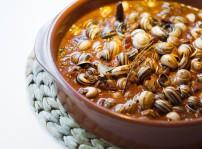 Caracoles picantitos con jamón y chorizo, Entre Naranjos