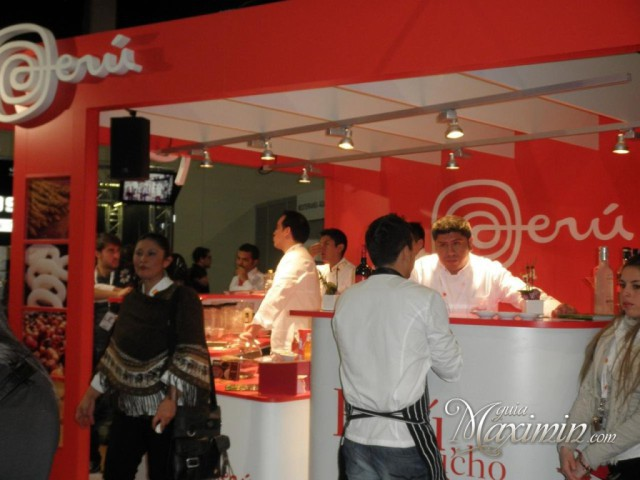 stand1-1024x768