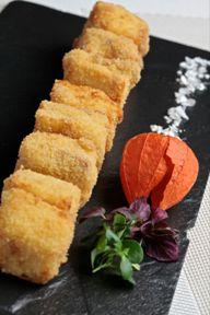 Croquetitas líquidas de jamón ibérico y pollo de corral