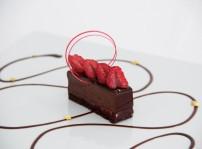 Finger de chocolate guanaja y confit de frambuesas
