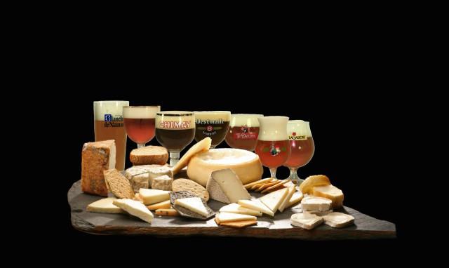 Foto Bodegón quesos y cervezas